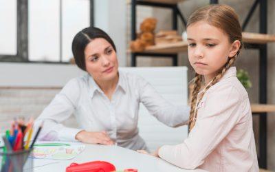 El implante coclear en niños mejora la percepción e inteligibilidad del habla